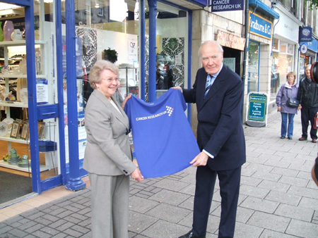 Menzies Campbell visiting the Cancer Research shop in St Andrews