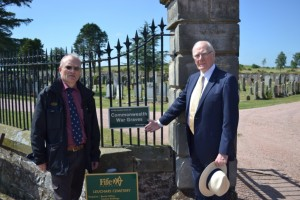 Sir Menzies and Iain Anderson, Regional Supervisor Scotland, CWGC